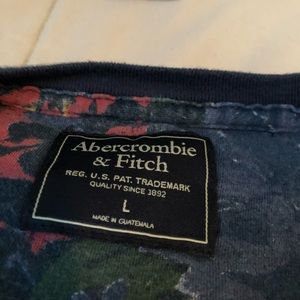 Abercrombie & Fitch Shirts - Blue floral short sleeve t-shirt